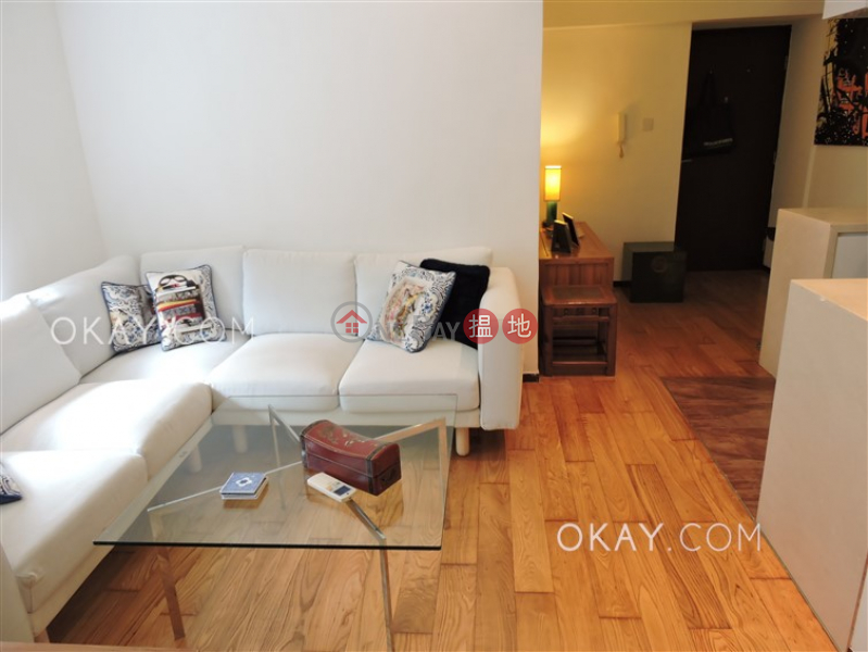 Cozy 1 bedroom in Sheung Wan | For Sale, Rich View Terrace 豪景臺 Sales Listings | Central District (OKAY-S111106)