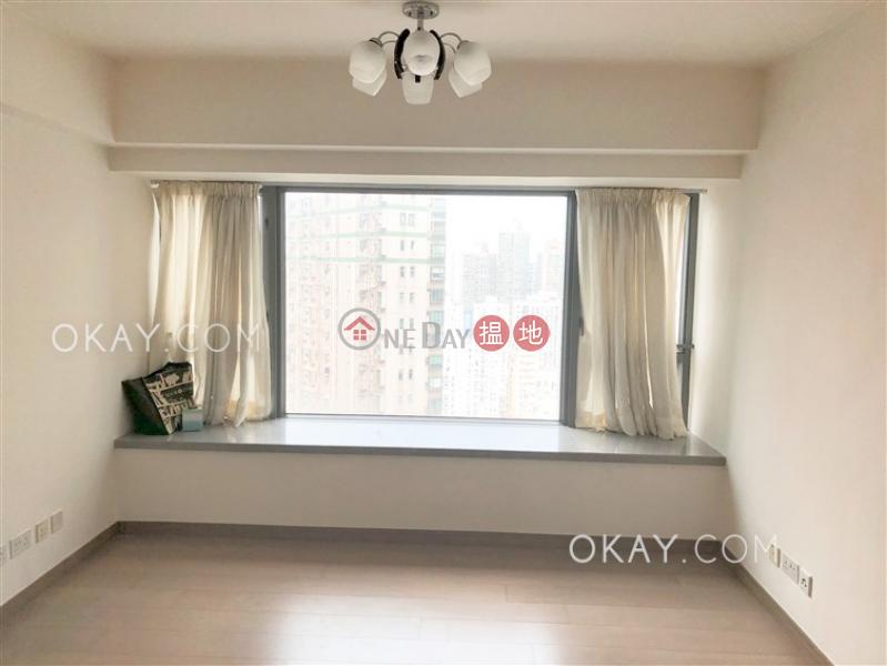 Unique 2 bedroom with balcony | Rental, Centre Point 尚賢居 Rental Listings | Central District (OKAY-R81141)