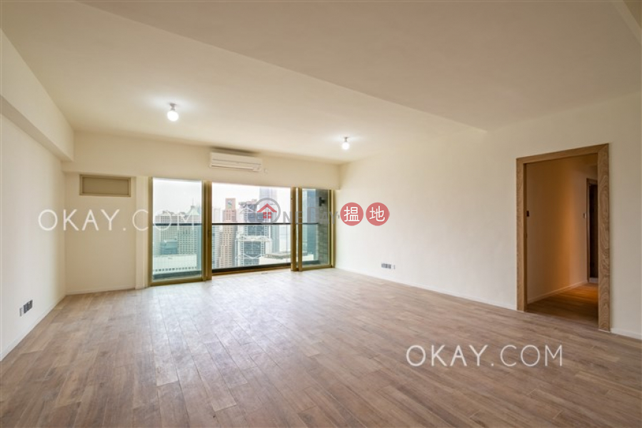 Property Search Hong Kong | OneDay | Residential Rental Listings | Luxurious 3 bedroom on high floor with balcony | Rental