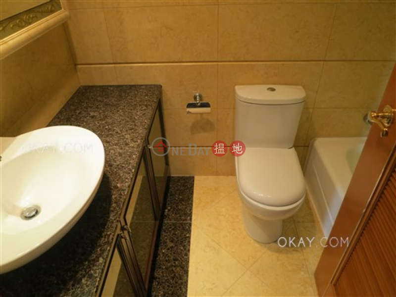 Lovely 3 bedroom on high floor with sea views & balcony | For Sale | The Arch Sky Tower (Tower 1) 凱旋門摩天閣(1座) Sales Listings