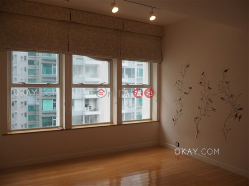 HK$ 90,000/ month Olympian Mansion Western District, Beautiful 3 bed on high floor with rooftop & balcony | Rental