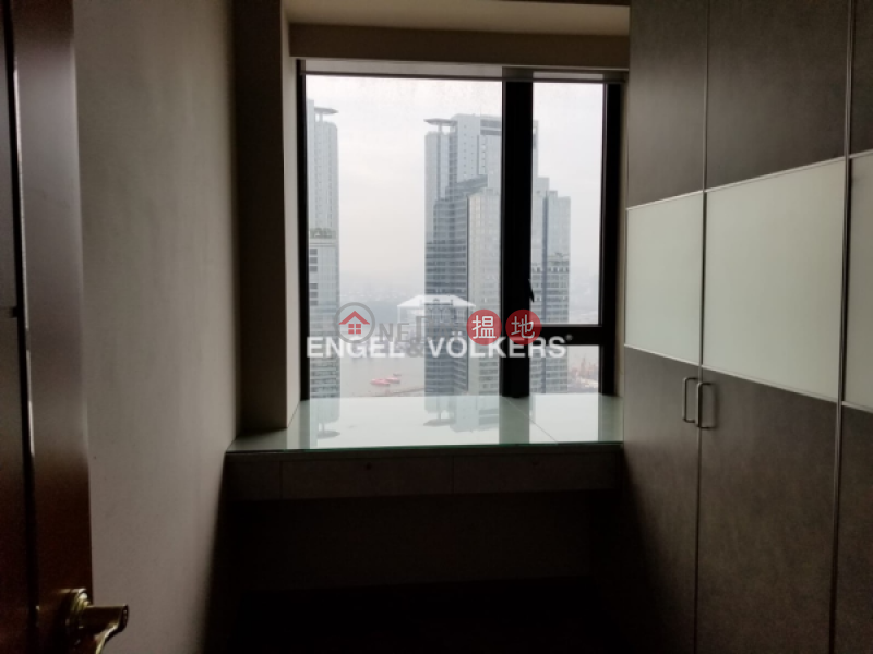 Property Search Hong Kong | OneDay | Residential, Rental Listings 3 Bedroom Family Flat for Rent in West Kowloon