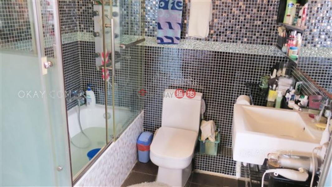 Rare 3 bedroom on high floor with rooftop & parking | Rental | Mandarin Villa 文華新邨 Rental Listings