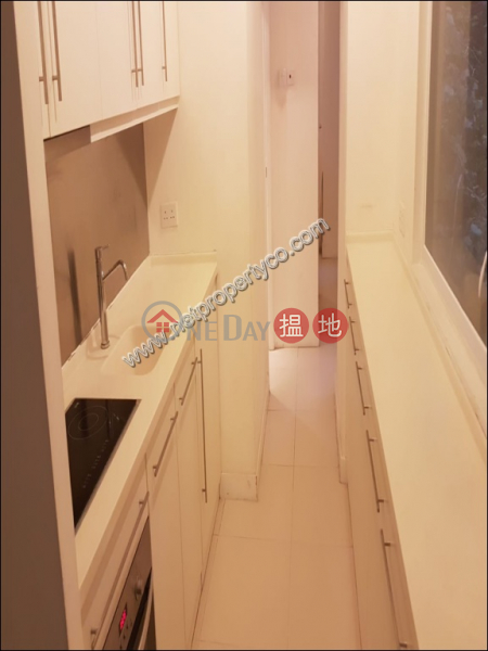 HK$ 27,000/ month 103-105 Jervois Street Western District, Unit for Rent in Sheung Wan