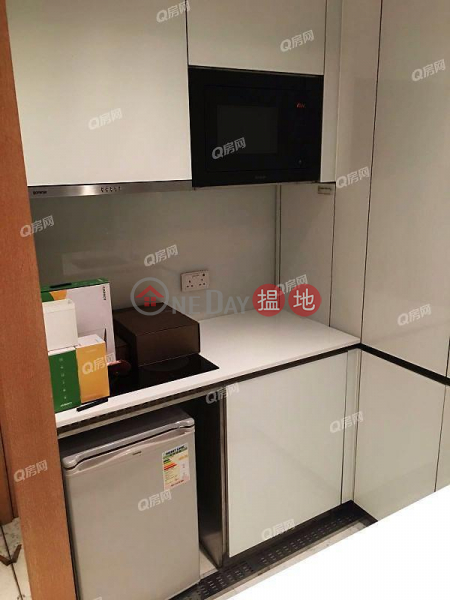 Property Search Hong Kong | OneDay | Residential, Sales Listings | The Gloucester | 1 bedroom Mid Floor Flat for Sale