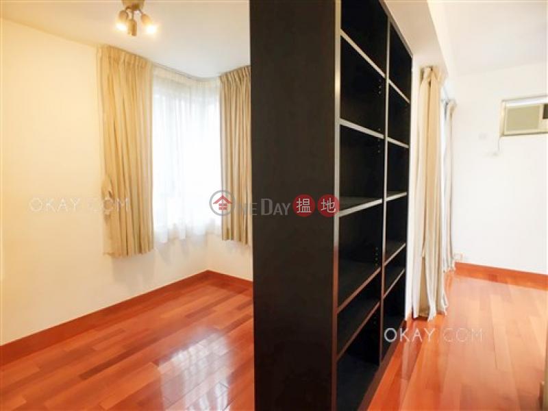 Nicely kept 2 bedroom on high floor | For Sale 17-27 Mosque Junction | Western District | Hong Kong Sales | HK$ 14M