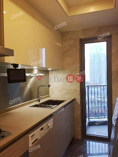 HK$ 44,000/ month | Grand Austin Tower 1 | Yau Tsim Mong | Grand Austin Tower 1 | 3 bedroom Mid Floor Flat for Rent