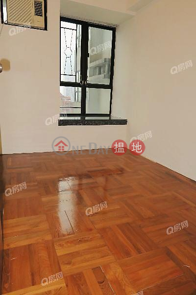 HK$ 19M, Vantage Park, Western District, Vantage Park | 3 bedroom Mid Floor Flat for Sale