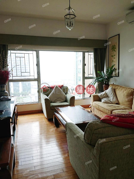 HK$ 55,000/ month | The Waterfront Phase 2 Tower 5, Yau Tsim Mong The Waterfront Phase 2 Tower 5 | 3 bedroom Mid Floor Flat for Rent