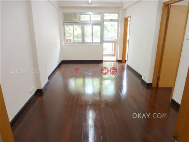 Practical 2 bedroom with balcony | Rental | Breezy Mansion 清風大廈 Rental Listings