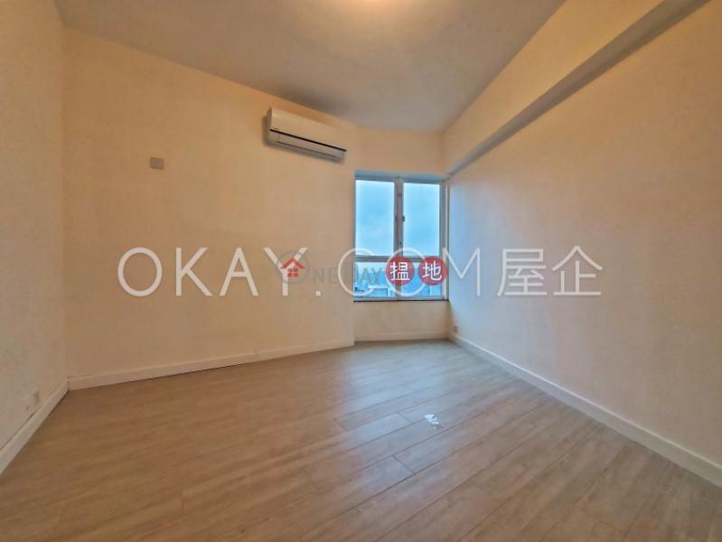 HK$ 45,000/ 月|曉峰閣中區2房1廁,實用率高,極高層,星級會所曉峰閣出租單位
