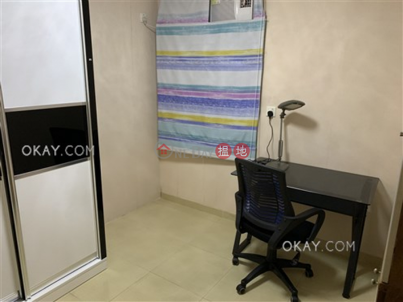 HK$ 13.28M (T-17) Kam Shan Mansion Kao Shan Terrace Taikoo Shing   Eastern District Nicely kept 3 bedroom in Quarry Bay   For Sale