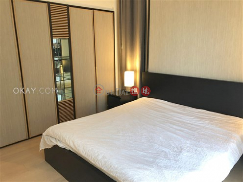 Gorgeous 1 bedroom on high floor with sea views | For Sale | Convention Plaza Apartments 會展中心會景閣 Sales Listings