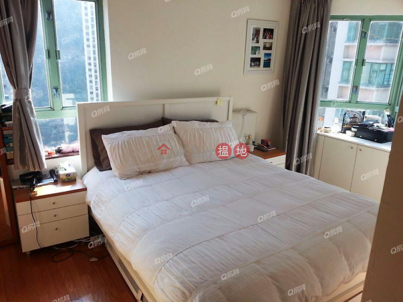 Property Search Hong Kong | OneDay | Residential, Sales Listings | Goldwin Heights | 3 bedroom High Floor Flat for Sale
