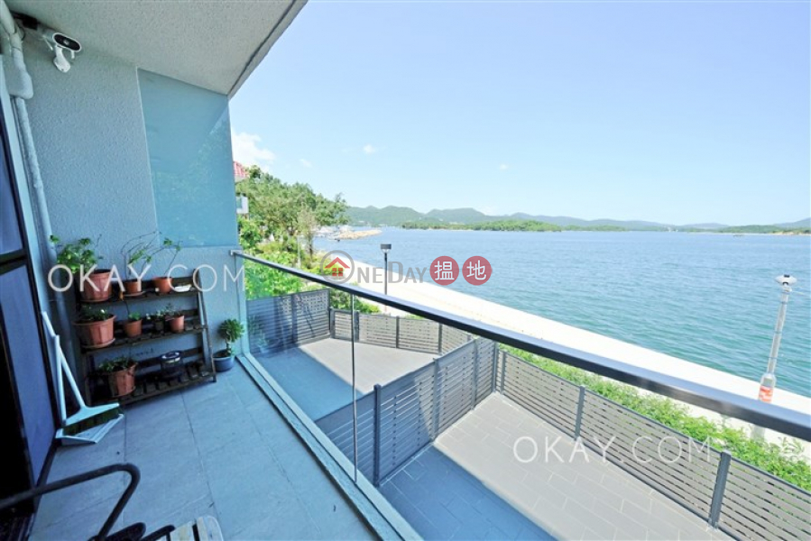 Tasteful house with sea views, rooftop & balcony | Rental | Lake Court 泰湖閣 Rental Listings