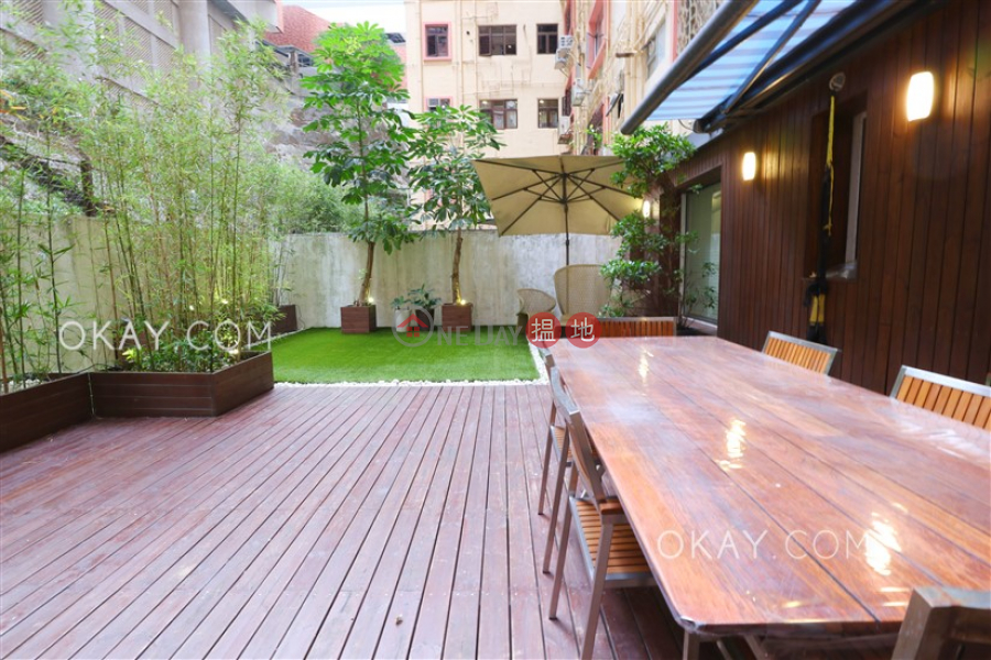 HK$ 52M, Hong Kong Garden | Western District Efficient 3 bedroom with parking | For Sale