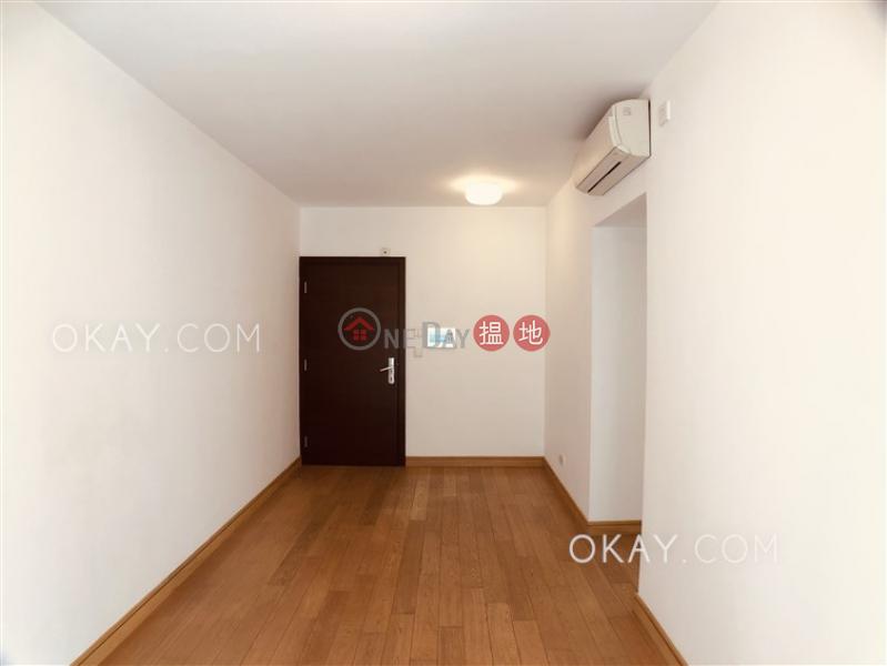 Tasteful 2 bedroom with balcony   Rental, Centrestage 聚賢居 Rental Listings   Central District (OKAY-R68933)