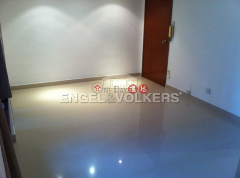 HK$ 22,000/ month | All Fit Garden | Western District | 2 Bedroom Flat for Rent in Mid Levels West