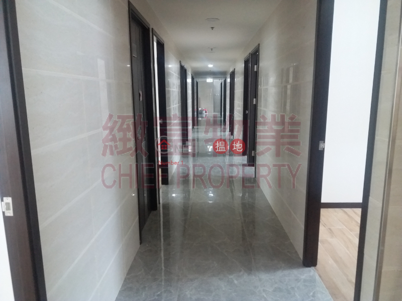 HK$ 6,000/ month Well Town Industrial Building, Kwun Tong District, Po Shing Industrial Building