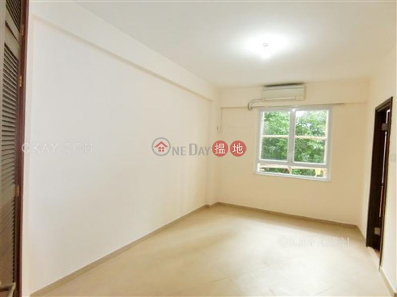 3房3廁,實用率高,露台《益群苑出售單位》|益群苑(Yik Kwan Villa)出售樓盤 (OKAY-S1078)