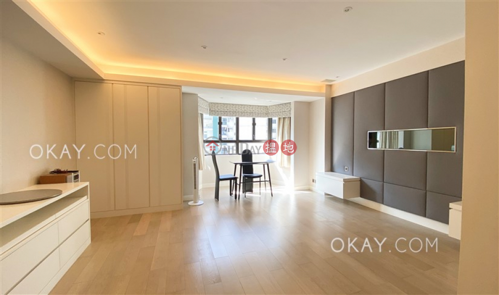 Gorgeous studio on high floor with balcony & parking   For Sale   Villa Benesther 輝華小苑 Sales Listings