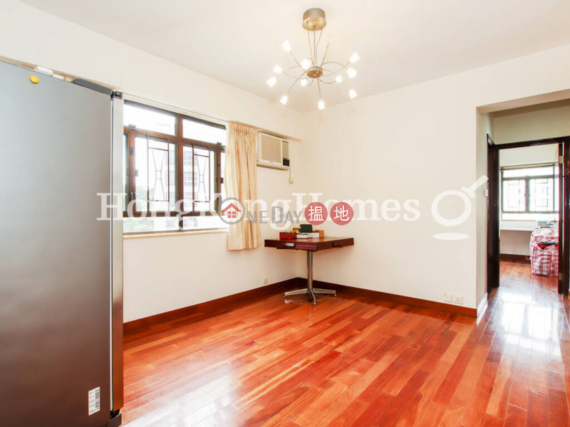 HK$ 56,000/ month   Cambridge Gardens, Western District   3 Bedroom Family Unit for Rent at Cambridge Gardens