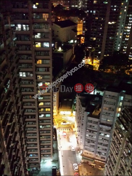 HK$ 20,000/ month Chong Yip Centre Block A, Western District | Funished 2-bedroom apartment in Kennedy Town