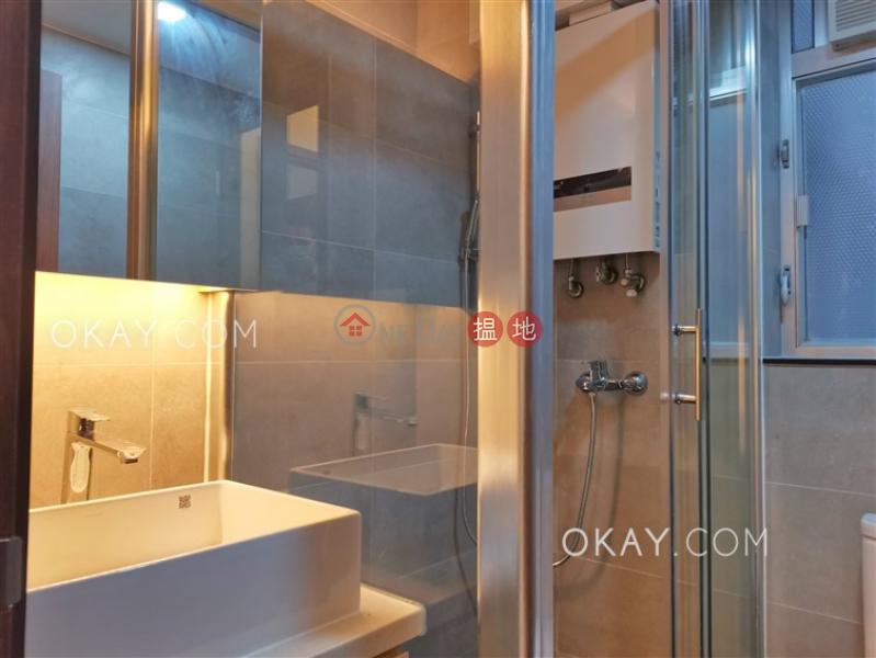 2房1廁,露台《華納大廈出租單位》|華納大廈(Vienna Mansion)出租樓盤 (OKAY-R179296)