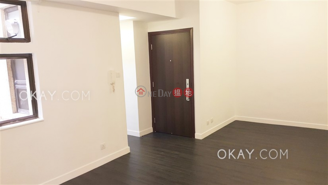 2房2廁,實用率高羅便臣道34號出租單位 羅便臣道34號(34 Robinson Road)出租樓盤 (OKAY-R70373)