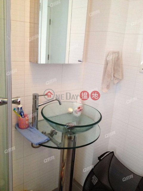 King's Court | High Floor Flat for Sale|Wan Chai DistrictKing's Court(King's Court)Sales Listings (QFANG-S87095)_0