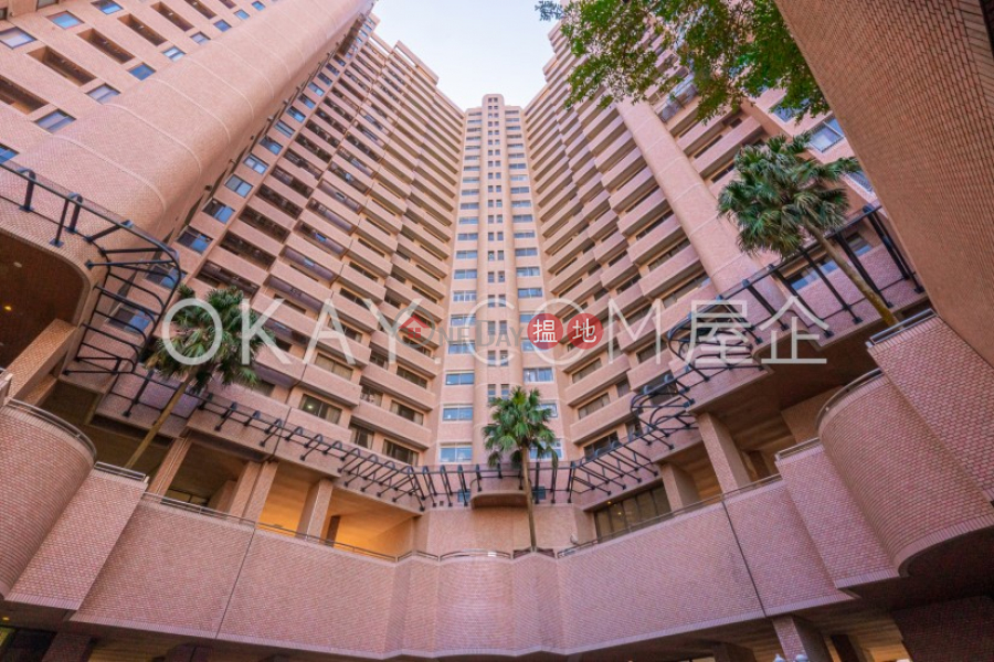 Lovely 4 bedroom with balcony & parking | Rental | Parkview Heights Hong Kong Parkview 陽明山莊 摘星樓 Rental Listings