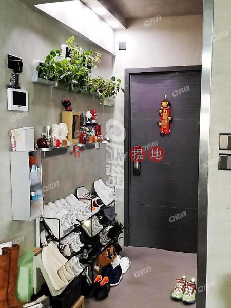 Property Search Hong Kong | OneDay | Residential | Sales Listings Luen Hong Apartment | High Floor Flat for Sale