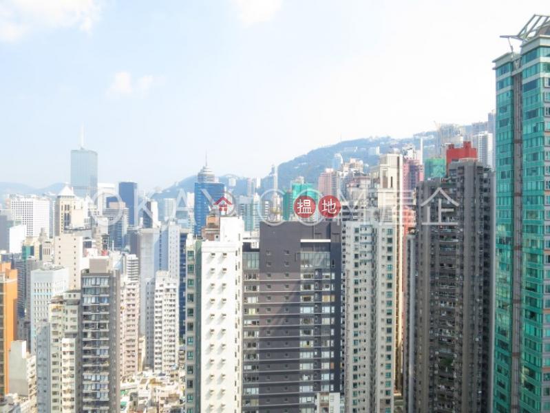 HK$ 55,000/ month, Centrestage Central District | Tasteful 3 bedroom on high floor with balcony | Rental