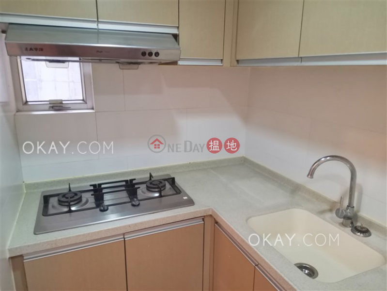 Lovely 3 bedroom in Causeway Bay | Rental | Vienna Mansion 華納大廈 Rental Listings