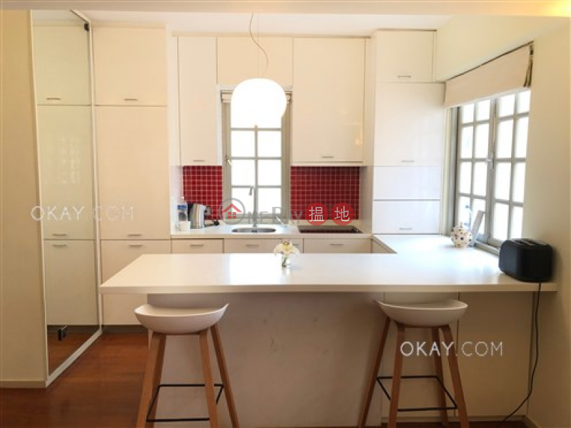 9-13 Shelley Street | High | Residential | Rental Listings | HK$ 37,000/ month