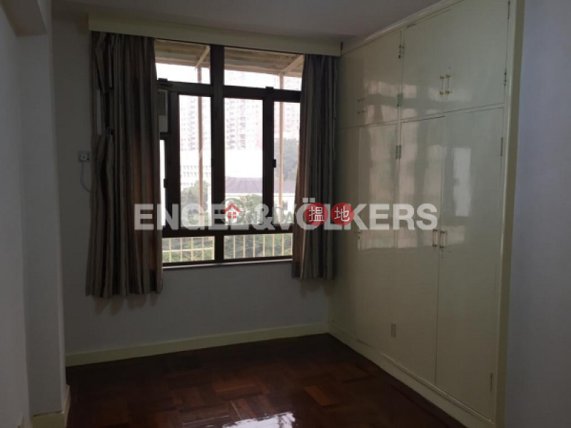 3 Bedroom Family Flat for Rent in Mid Levels West | Hing Wah Mansion 興華大廈 Rental Listings