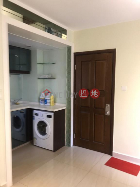 HK$ 7.9M   Lily Court Wan Chai District, Flat for Sale in Lily Court, Causeway Bay