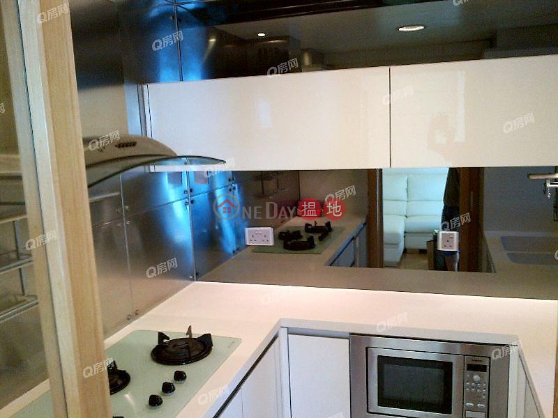 Property Search Hong Kong | OneDay | Residential, Sales Listings Tower 6 Harbour Green | 3 bedroom High Floor Flat for Sale