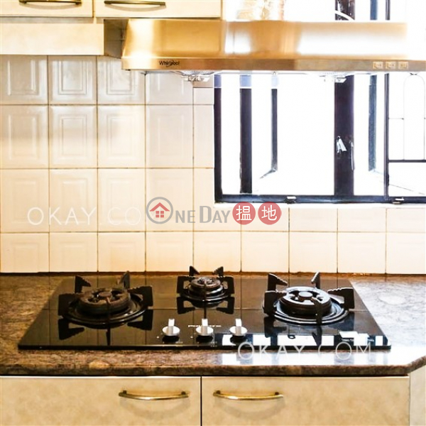 HK$ 35,000/ month Hanwin Mansion Western District | Luxurious 3 bedroom in Mid-levels West | Rental