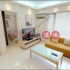 Bright & Airy Contemporary Apartment