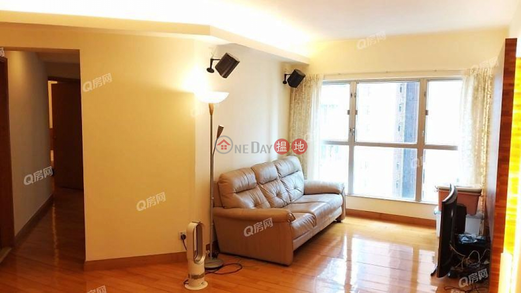 Property Search Hong Kong | OneDay | Residential, Rental Listings The Waterfront Phase 1 Tower 2 | 3 bedroom Mid Floor Flat for Rent