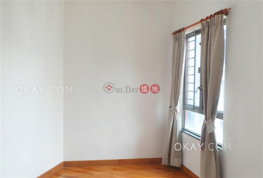 Property Search Hong Kong | OneDay | Residential | Rental Listings Tasteful 2 bedroom in Sheung Wan | Rental
