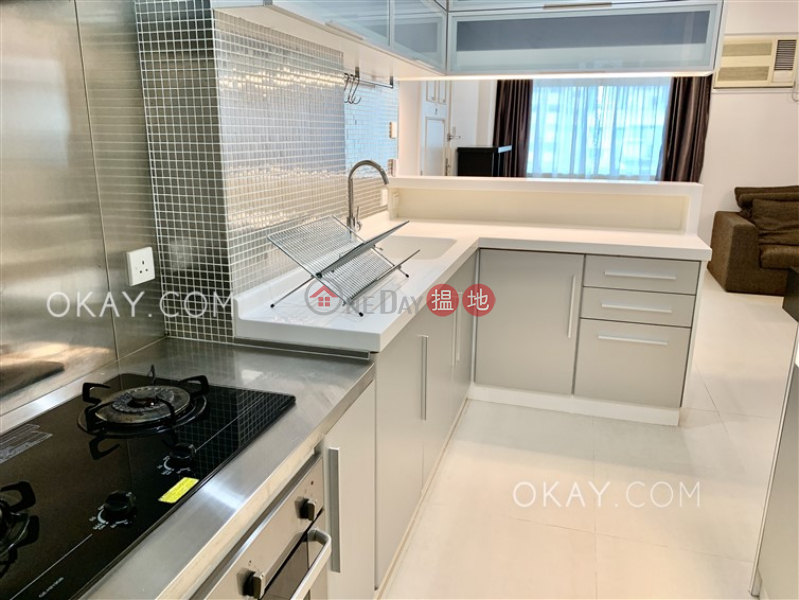 HK$ 10.5M | 25-27 King Kwong Street | Wan Chai District | Luxurious 1 bedroom on high floor | For Sale
