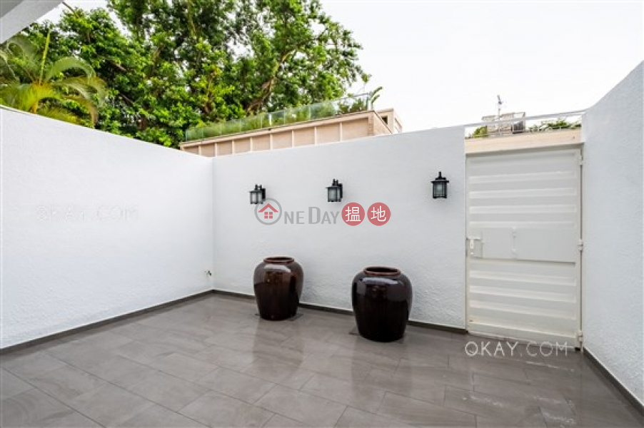 HK$ 110,000/ month | Bisney Gardens | Western District Rare house with rooftop, terrace | Rental