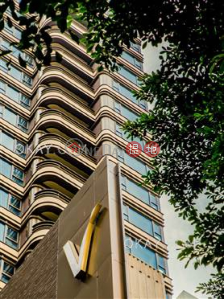 HK$ 32,000/ month | Castle One By V, Western District, Gorgeous studio on high floor with balcony | Rental