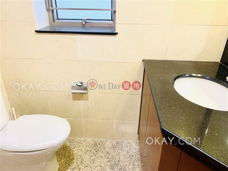 Popular 3 bedroom in Kowloon Station | Rental, 1 Austin Road West | Yau Tsim Mong, Hong Kong Rental | HK$ 33,000/ month