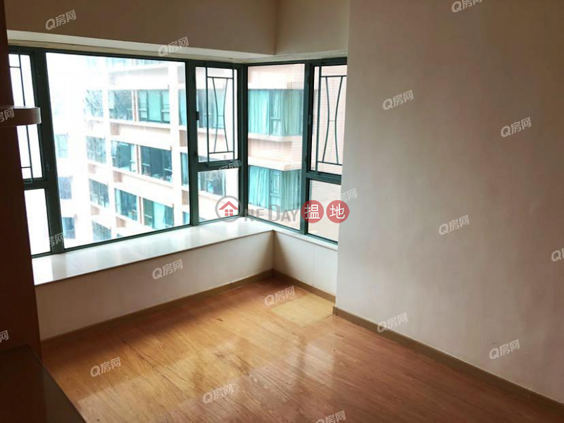 Property Search Hong Kong | OneDay | Residential Rental Listings | Tower 8 Island Resort | 3 bedroom Low Floor Flat for Rent