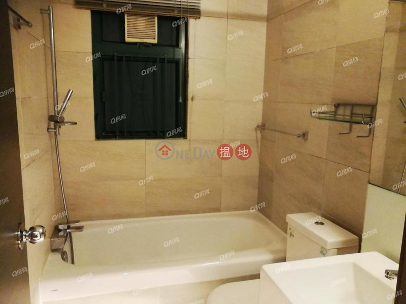 Property Search Hong Kong | OneDay | Residential, Sales Listings, Tower 3 Grand Promenade | 3 bedroom Mid Floor Flat for Sale