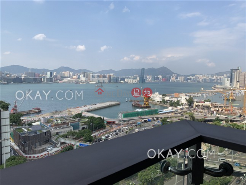 HK$ 26.5M | The Gloucester Wan Chai District Elegant 2 bedroom with harbour views & balcony | For Sale