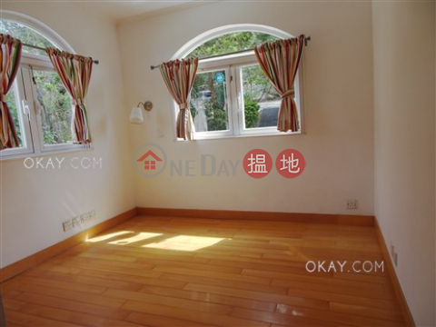 Lovely house with rooftop & parking | For Sale|Mang Kung Uk Village(Mang Kung Uk Village)Sales Listings (OKAY-S368906)_0